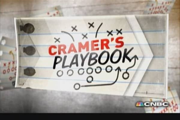 Cramer's Playbook: Savings bond risks