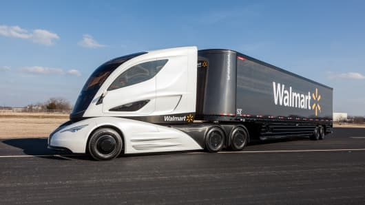 Wal-Mart's futuristic truck unveiled Friday at the Mid-America Trucking Show in Louisville, Kentucky.