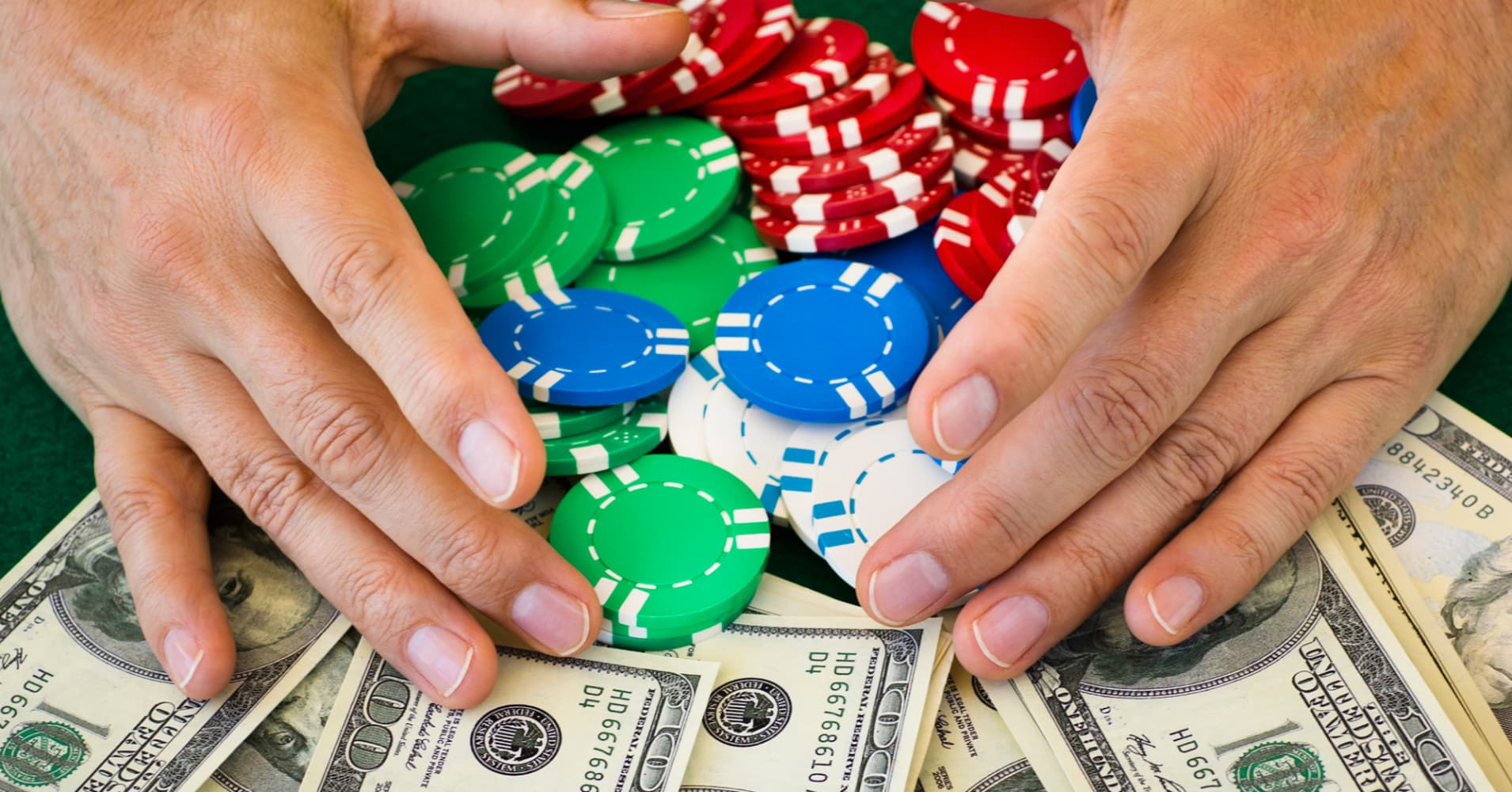 Who has made money gambling saginaw casino