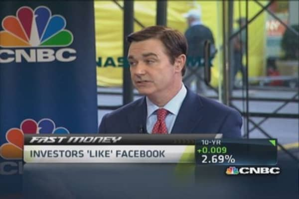 Investor 'likes' Facebook