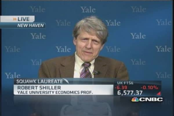 Shiller: Signs of softening in housing