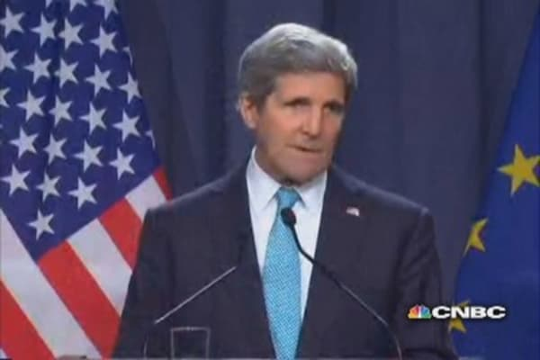 Kerry on 'concrete steps' to ease Ukraine crisis
