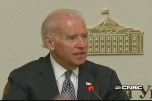 U.S. does not recognize Russia's action in Crimea: Biden