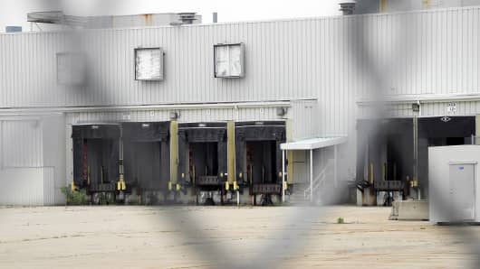 Chinese autoglass maker Fuyao closed a deal to buy part of the former GM plant in Moraine, Ohio, which IRG acquired in 2011.