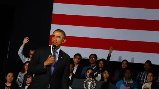 U.S. President Barack Obama takes questions from the floor during a townhall session with the Young Southeast Asian Leadership Initiative (YSEALI) at Universiti Malaya in Kuala Lumpur, Malaysia.