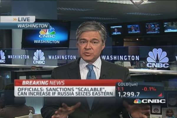 New sanctions hit Russia