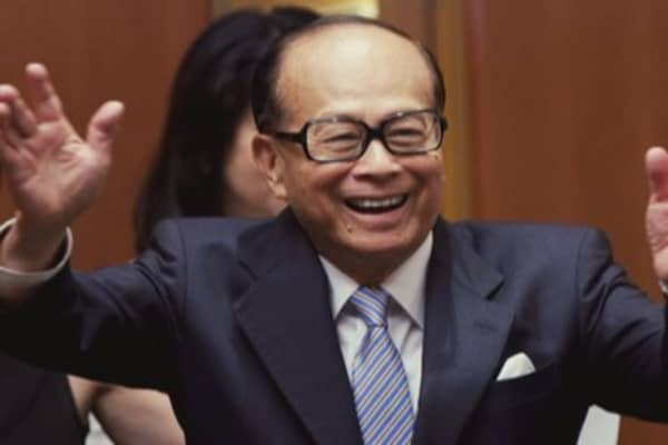 Li Ka-shing splits his bets on China and the world