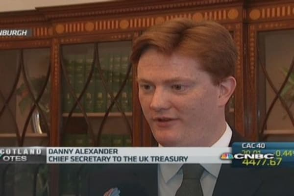 UK currency union would pose 'huge' risks