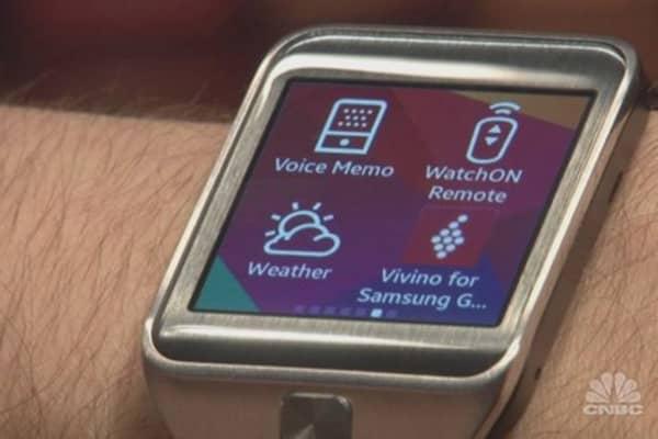 Samsung debuts Gear 2
