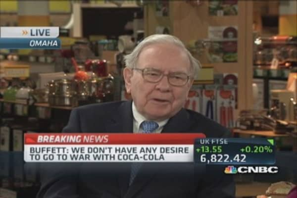 Buffett: No desire to go to war with Coca-Cola