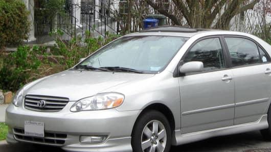 2003-2004 Toyota Corolla S