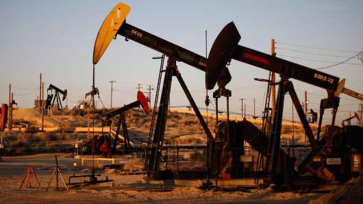 Oil pumps wells Monterey Shale fracking