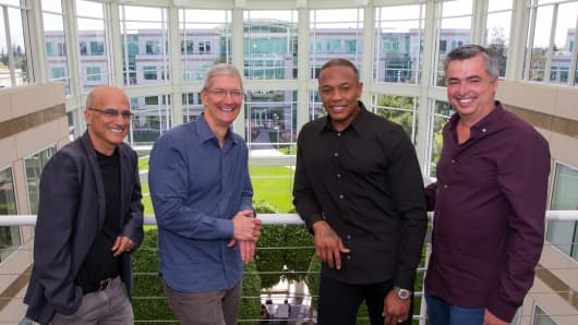 Top executives of Apple and Beats Electronics