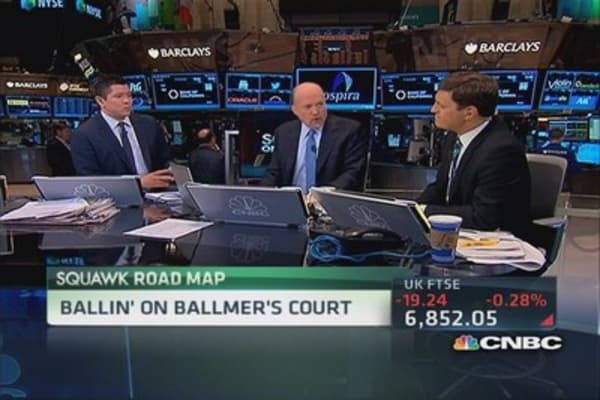 Ballmer buys ascending Clippers for $2B