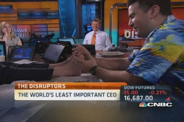 Least important CEO delivers ... a foot rub