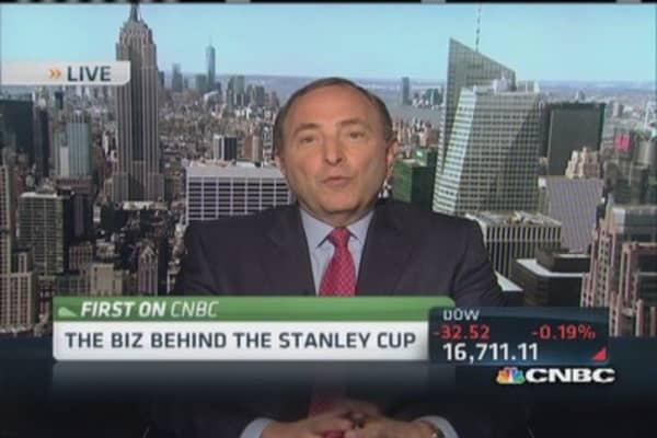 NHL's Bettman: Huge demand to 'get in'