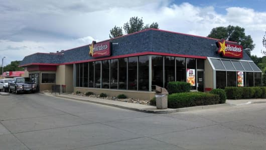 High labor demand has driven wages sky high in Williston, N.D. where Hardee's franchisee Jon Munger says his crew members can earn more than double the minimum wage.