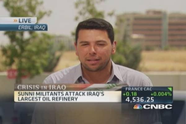 Sunni militants attack Iraq's largest oil refinery
