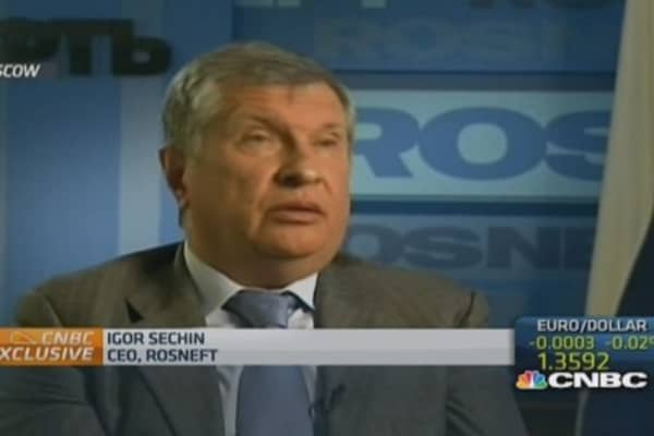 I cannot understand purpose of sanctions: Rosneft CEO