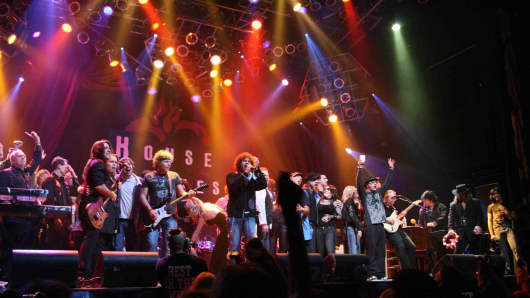 Campers perform with musical legends including Jack Bruce and Vince Neil at Rock 'n' Roll Fantasy Camp in Las Vegas.