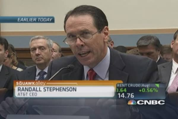 AT&T pitches merger on Capitol Hill