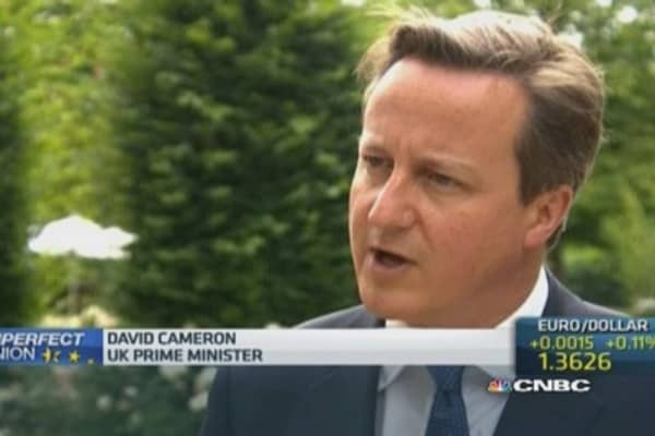 UK PM Cameron: I will fight Juncker presidential bid