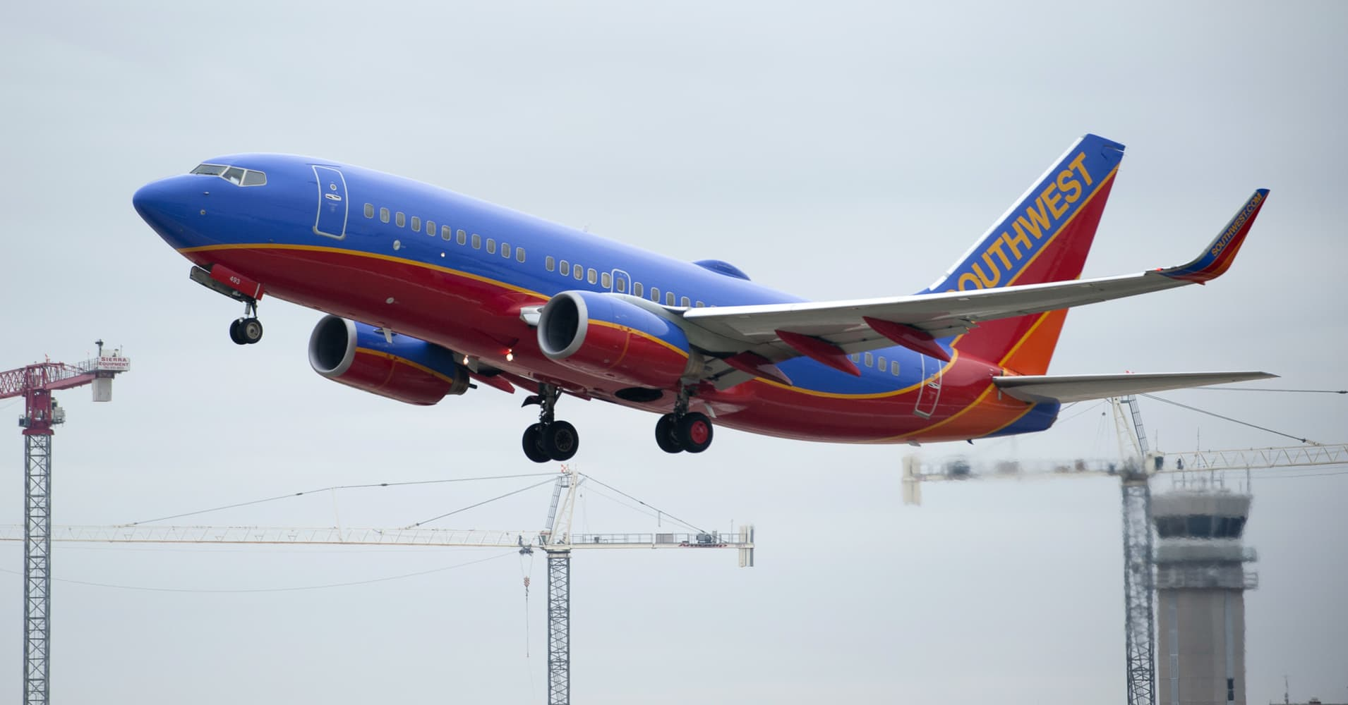 southwest airlines political economic sociocultural Will southwest airline's strategic plan continue to bring success in the new airline   be classified as political, economic, sociocultural, and technological forces.