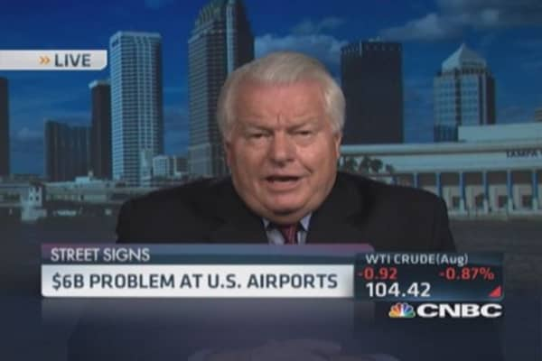US airports' billion $ problem