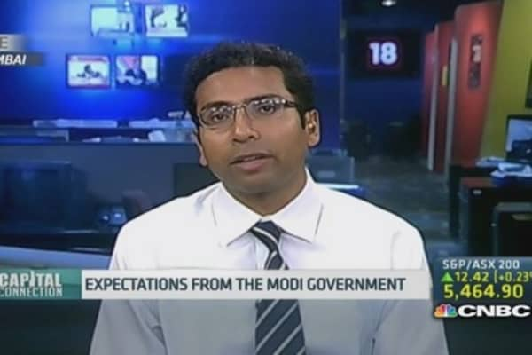 Expect a revised deficit target in India budget: Pro