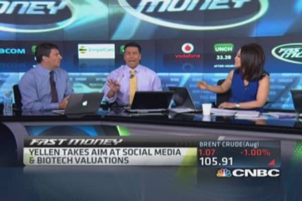 Yellen warns on social media, biotech valuations