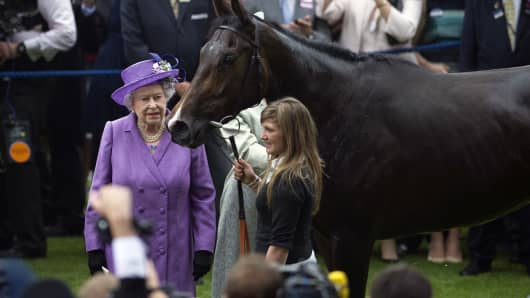 Queen Elizabeth II and her horse, Estimate