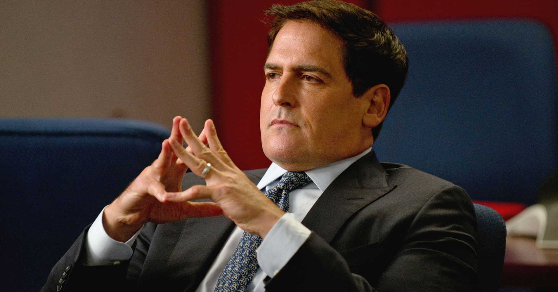 http://fm.cnbc.com/applications/cnbc.com/resources/img/editorial/2014/07/25/101867402-mark-cuban.1910x1000.jpg