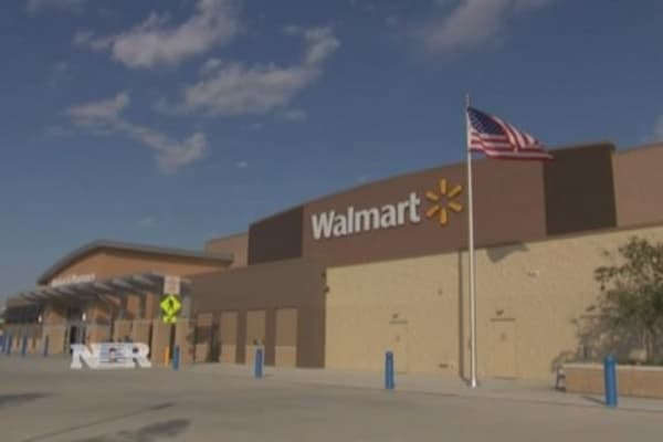 Wal-Mart US CEO steps down