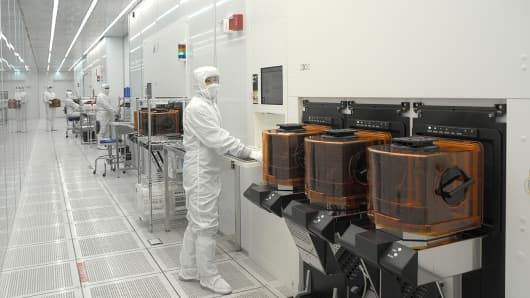 Semiconductor supplier Lam Research shares pop after earnings beat