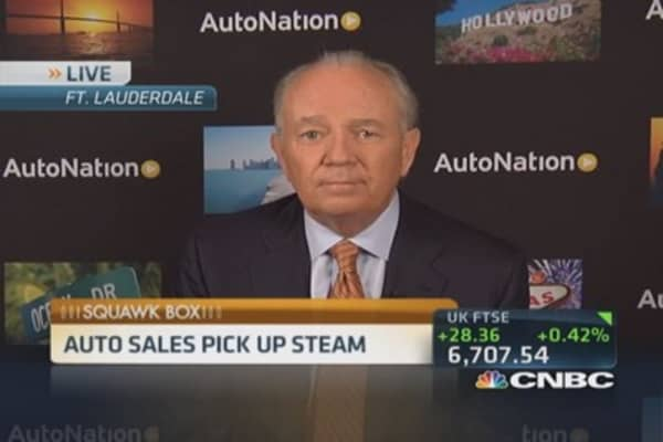 AutoNation CEO: Obama still doesn't get it
