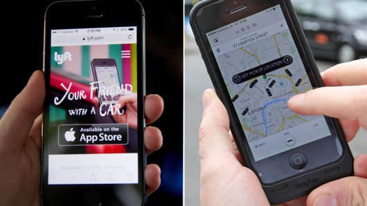 Lyft and Uber ridesharing car apps
