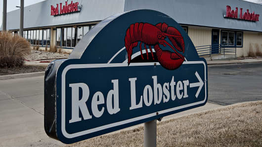 A Red Lobster restaurant is shown in Peoria, Ill.
