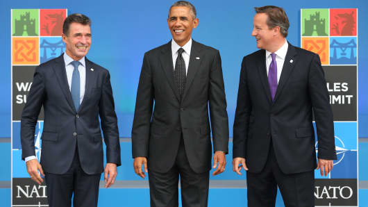 NATO Secretary General Anders Fogh Rasmussen, President Barack Obama and Prime Minister David Cameron (left to right) at the NATO summit, Sept. 4, 2014.