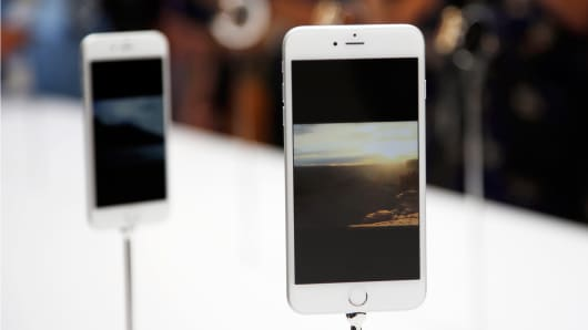A new Apple iPhone 6 Plus is seen during an Apple event at the Flint Center in Cupertino, Calif., September 9, 2014.