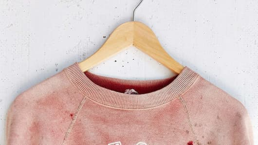 Urban Outfitters fake blood stains, Urban Outfitters Kent State