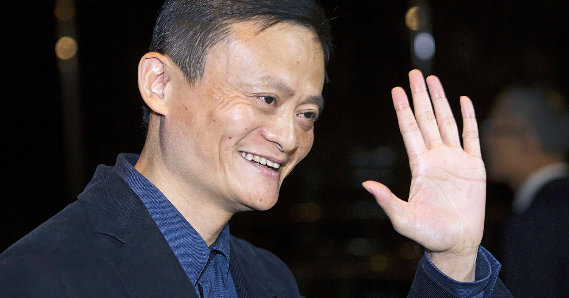Into the hands of Jack Ma - Alibaba entrepreneur (China) 102010340-jack-ma.1910x1000