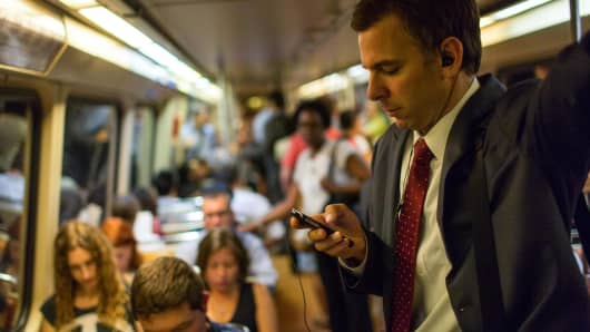 DC Metro, cell phones Washington DC