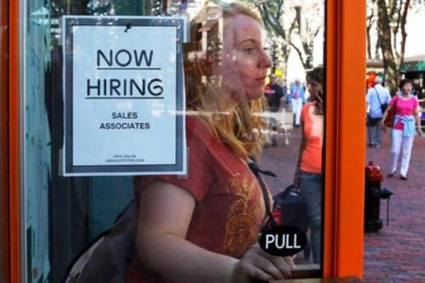 ADP private sector jobs up 213,000 in September