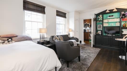 Upper Brook Street studio apartment