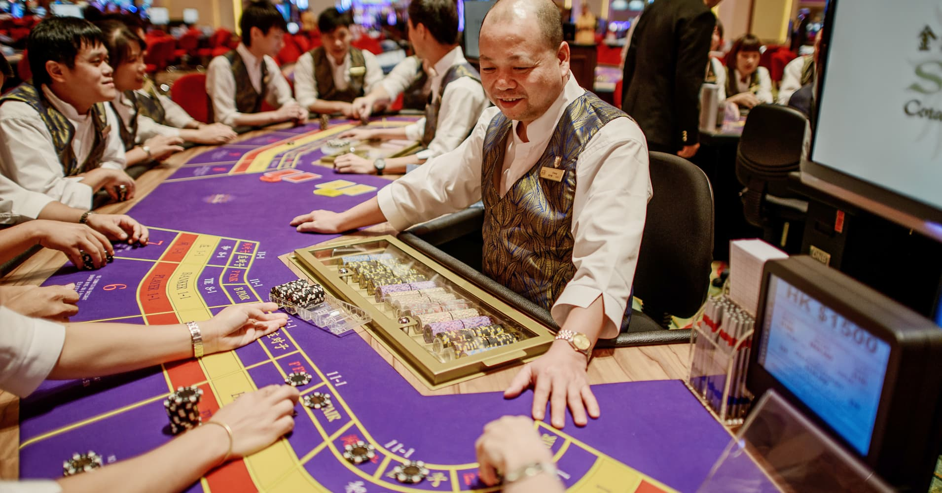 Here's why traders are looking to cash in on casino earnings
