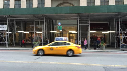 The reported location of a new AMZN store at 7 West 34th Street,near Herald Square in New York.