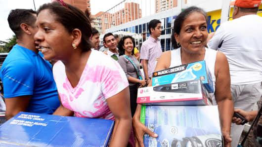 Shoppers in Caracas, Venezuela