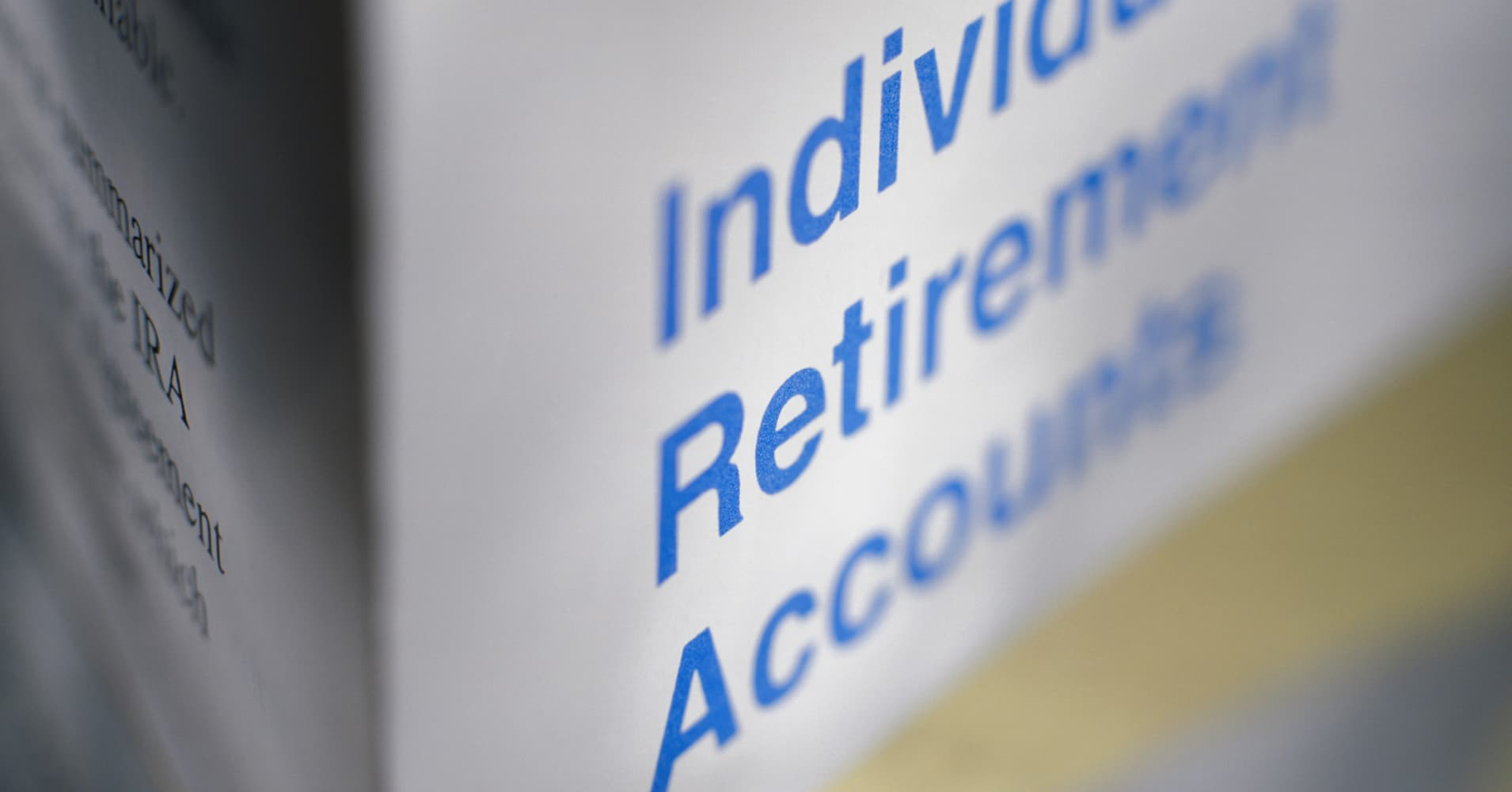 Traditional or Roth IRA? Choosing the one that's right for you