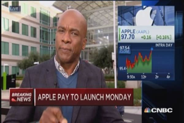 Apple Pay launches Monday