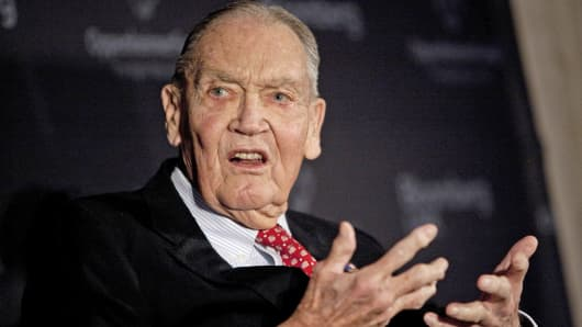 "John ""Jack"" Bogle, founder of the Vanguard Group, speaks at a portfolio manager conference in New York."